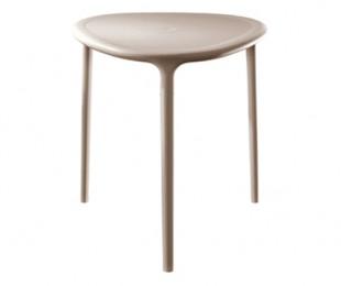 air-table-triangle